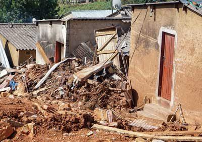 After Surviving Cyclone Idai, Displaced Zimbabweans Fend Off Coronavirus